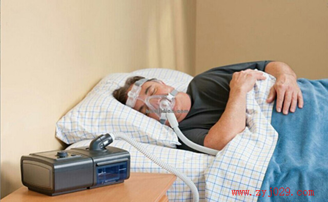 打鼾戴呼吸机睡觉难受不